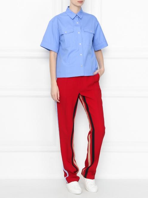 Рубашка из хлопка с короткими рукавами и накладными карманами - Общий вид